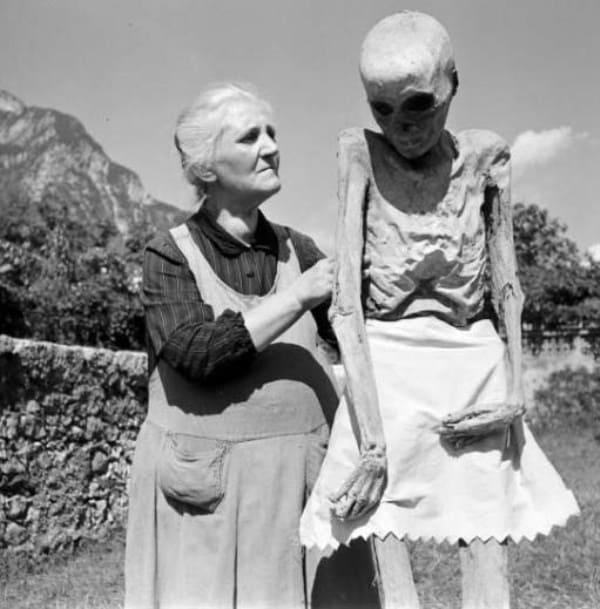 Photo of L'aria di montagna non giovò poi tanto alla salute di sua nipote.