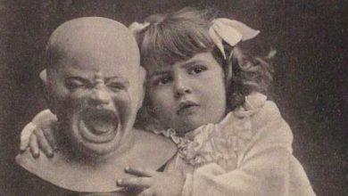 Photo of La grossa testa pelata mal sopportava le attenzioni di quella bambina grassoccia