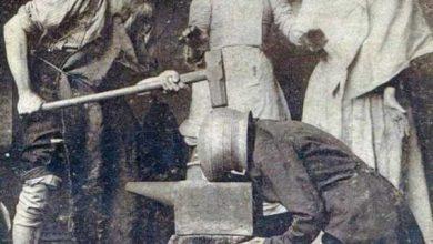 Photo of L'uomo con quella strana testa a vaso di rame si rese conto di essere tra l'incudine ed il martello