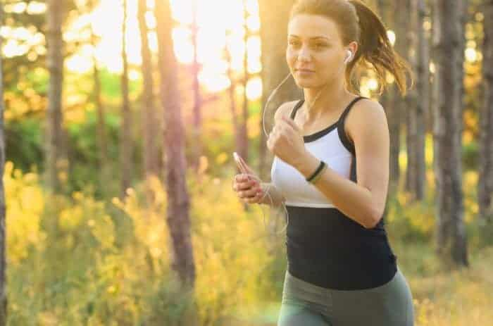 Se un Jogger corre alla velocità del suono, potrà sentire il suo iPod?