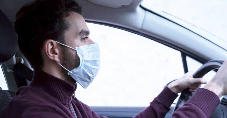 Guidare con la mascherina